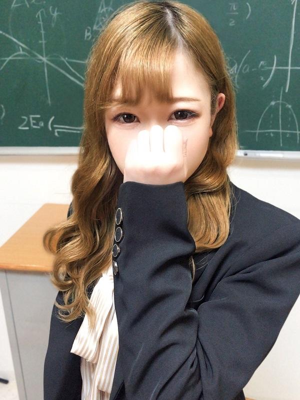 ななせのプロフィール|東京の錦糸町でデリヘルをお探しならクラスメイト